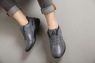 Sepatu Sport Reebok  *A72*