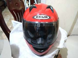 ZEUS full face red helment