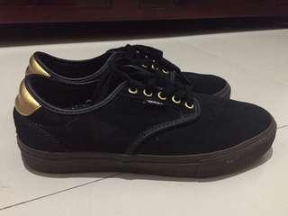 Vans Chima Pro (Black/Gum/Gold)