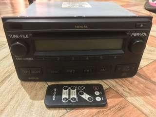 Toyota lnnova OEM stereo with Remote