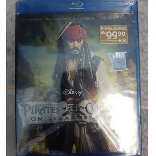 Pirates Of The Caribbean 4: On Stranger Tides [Blu-ray]
