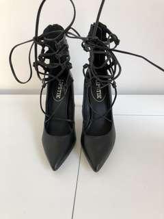 Lipstick - Closed Toe Heel w/ Laces
