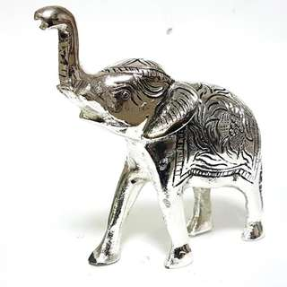 solid metal elephant insilver finish for home display n decor