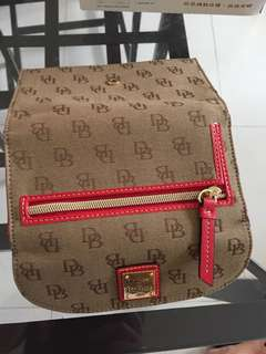 Dooney and Bourke 100% authentic wallet