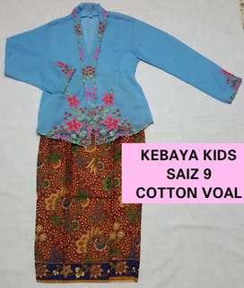 Kebaya kids