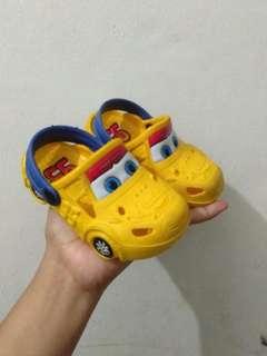Sepatu corcs