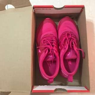 Nike Airmax Thea Triple Pink