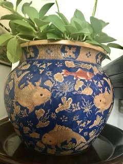 Gorgeous Auspicious Large Urn