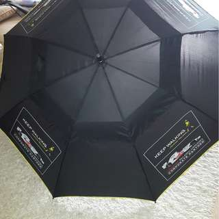 'Johnnie Walker' Windguard Golf Umbrella