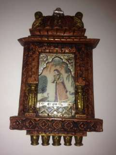 Selling antiques, crystals are, silverware. paintings and many other items
