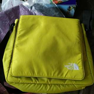 (AUTHENTIC) THE NORTH FACE