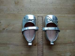 Silver shoes (11 cm)