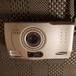 SAMSUNG 罕見古老膠捲相機