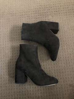 Betts black ankle boots - size 9. Never worn.