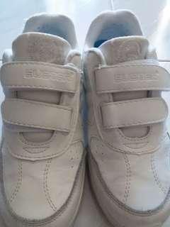 白色波鞋(男女可穿返學鞋)size:36