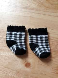 Black and white checkered baby socks