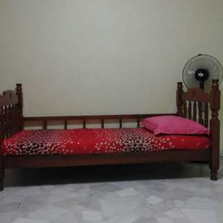Common Room For Rent Near Woodlands Regional Centre