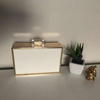White and gold collette clutch