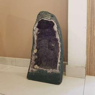 Amethyst Crystal Geode (57cm x 31cm x 25cm)