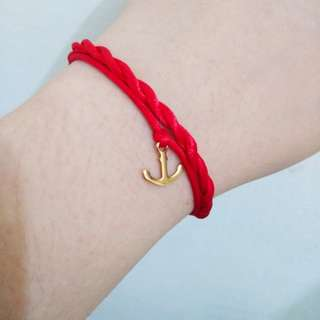 Strength Bracelet and Infinite Knot Bundle