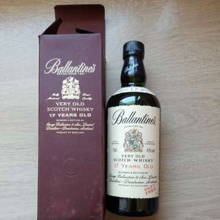 Ballantine's Very Old Scotch Whisky 17 years old 百靈壇威士忌 舊酒