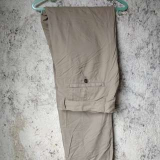 Celana chino mind cambride not converse