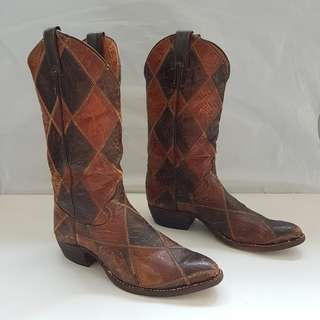 Vintage Cowboy Boots, Retro Old Fashion, Rare Justin Designer Western Shoes, High Cut, Handcrafted, Original, Made in USA, Genuine Leather, Crocodile Skin, Stylish, Fashionable, Luxury Boots, Unorthodox style, Unique fashion, Collectibles