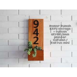 Nomor Rumah Vintage Ekslusif Kayu Akrilik FREE tanaman
