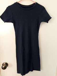 FOR SALE! Navy blue bodycon dress