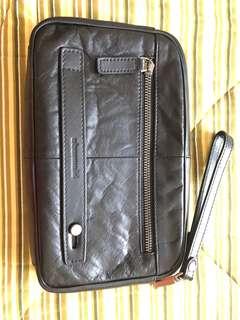 Tas Tangan atau Handbag Obermain