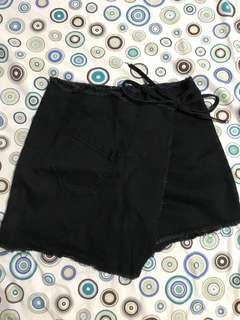 Macarena Shorts