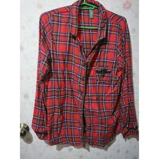 Plaid red button down longsleeves