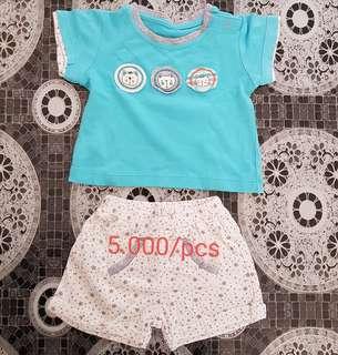 Kaos pendek bayi