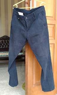 Celana Panjang 17seven Chino Navy ukuran 34