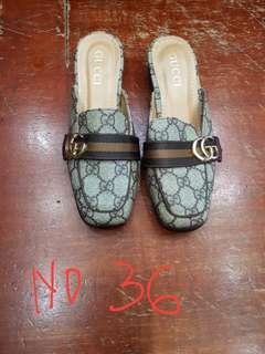 Sepatu sendal Gucci import