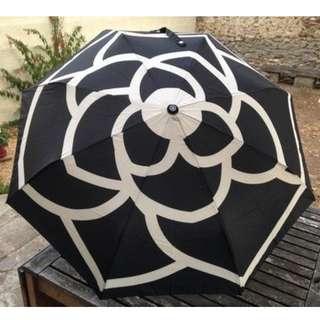 全新 CHAN*L會員贈品 黑色山茶花(自動開關) 遮 雨傘 Umbrella 連原裝盒