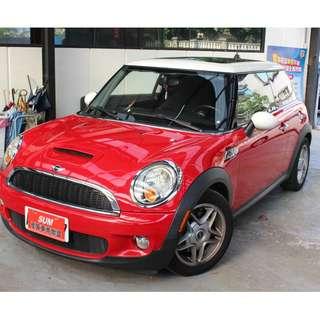 經典英倫風/MINI COOPER /超越同級車種 安全係數最佳小車/免頭款/低月付/輕鬆貸回家