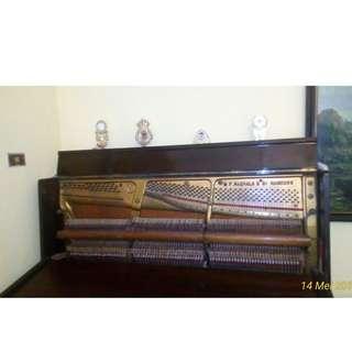 Piano Antik