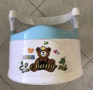 Baby cartoon portable potty/ toddler toilet training chair