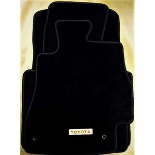 Toyota Mark X (GRX130) car mats.