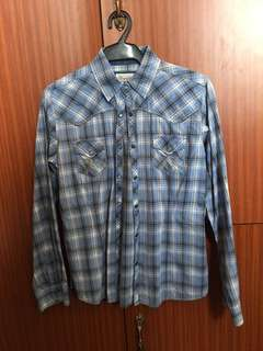 Wrangler Plaid Long Sleeves