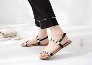Pearl Strap Sandals 珍珠平底凉鞋