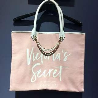 🚚 Victoria's secret粉色側背包