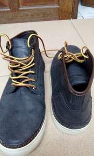 Sepatu Pull n Bear ori