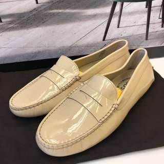 全 TOD'S Patent Loafer