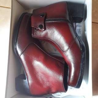 Sepatu Boot Kulit Sapi 100%