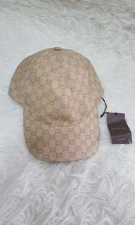 Authentic gucci hat GG