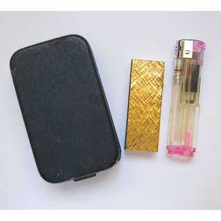 Dunhill Rollagas Gold Plate Lighter with Cross Hatch Pattern ~ 登喜路 80's 打火機