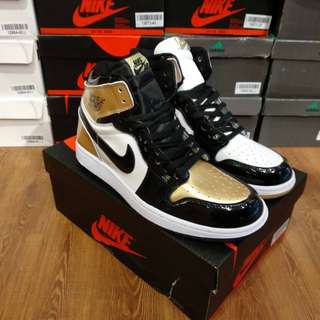 "Nike Air Jordan 1 Retro ""Top 3 Gold"" UA Version"
