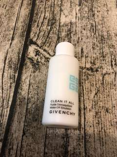 Givenchy Clean it All Make-off emulsion